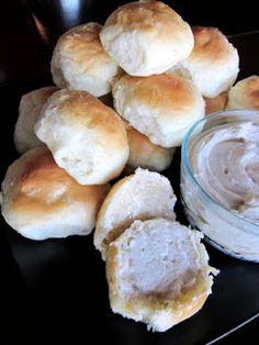 Homemade Cinnamon Honey Butter- tastes amazing on hot bread!