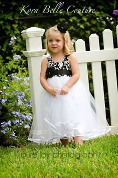 ADORABLE - flower girl dress for black and white wedding