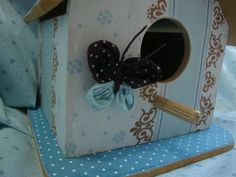 Casinha de Passarinho (4) Frame, Home Decor, Houses, Homemade Home Decor, A Frame, Frames, Hoop, Decoration Home, Interior Decorating