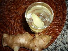 Fresh water with ginger and honey/Bevanda fresca con zenzero e miele Ginger And Honey, Fresh Water, Beverages, Dairy, Food, Mint, Essen, Meals, Yemek