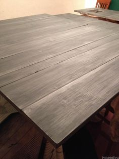 matte varnish over annie sloan chalk paint restoration hardware finish - could we do something like this ? - found it under kitchen counters ? Chalk Paint Projects, Chalk Paint Furniture, Furniture Projects, Furniture Makeover, Diy Furniture, Chalk Paint Techniques, Gray Painted Furniture, Salon Furniture, Primitive Furniture