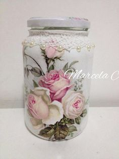 Vidros Decoupage Jars, Napkin Decoupage, Decoupage Vintage, Glass Bottle Crafts, Diy Bottle, Bottle Art, Mason Jar Crafts, Mason Jars, Jar Art