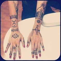 120 Belles Images De Tatouages Berberes Tattoo Ideas Tribal