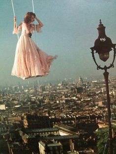 A 1974 fashion photoshoot in Paris. (Elle 1970s)