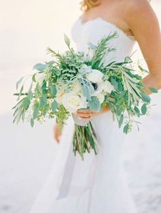 Love this beautiful simple bouquet