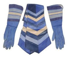 1925- A pair of motoring gauntlets and matching leather scarf.   Coco Chanel  Image (Auctioned 2009) Christie's Ltd
