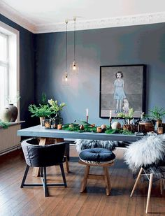Skandi Style: 8 elegant solutions - Co Working room wall design . Sweet Home, Dining Room Inspiration, Interior Inspiration, Room Interior, Interior Design, Home And Deco, Dining Room Design, Dining Table, Dining Chairs