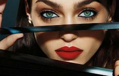 ☺ Zhenya Katava - Urban Decay Cosmetics Winter Photography by Jamie Nelson… Jamie Nelson, Beauty Makeup, Hair Makeup, Perfect Red Lips, The Face, Foto Art, Beautiful Lips, Cool Eyes, Amazing Eyes