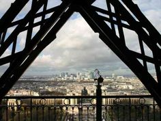 Private City Tour of Paris. Eiffel Tower, Concorde Square, Arch of Triumph, Louvre museum,Gourmet Lunch. Paris City Tour, City Limits, Champs Elysees, This Is Us Quotes, Famous Places, Paris Travel, Day Tours, Free Pictures, Time Travel