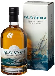 Smoked Whiskey, Cigars And Whiskey, Scotch Whiskey, Alcohol Bottles, Liquor Bottles, Whisky Islay, Whisky Club, Whiskey Room, Strong Drinks