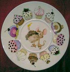 Cupcake Presentation Plate~ by Jean Colbear Decoupage Plates, Painted Plates, Ceramic Plates, Porcelain Ceramics, China Porcelain, Ceramic Pottery, Hand Painted, Porcelain Skin, Porcelain Doll