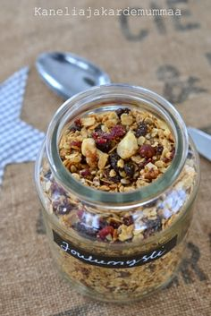 Joulumysli | Kanelia ja kardemummaa Merry Little Christmas, Dried Cranberries, Granola, Quinoa, Acai Bowl, Cereal, Oatmeal, Homemade, Breakfast