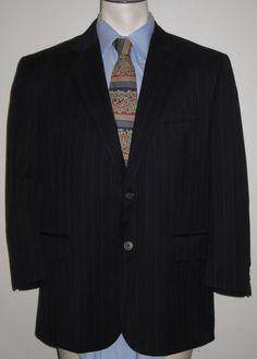 Men's Jos A Bank Gray Pinstripe 2 Button Suit 44S - 100% Wool Traveler Collect #JosABank #TwoButton