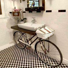 To dopiero odjazdowa inspiracja! 🚲 ♡  #HOFF #salonhoff #kraków #ilovehoff #łazienka #łazienki #design #wystrojwnetrz #bathroom #bathroomdesign #ceramika #inspiracja #umywalka #bateria #pomysł #wyposażeniewnętrz #płytki #tiles #mozaika #mosaic #wnętrze