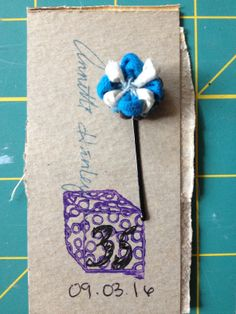 Starting a small #craftbusiness with #TinyHairFlowers. #smallbusiness #startup #sale #EtsyShop http://etsy.me/2ciyIRV