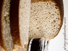 Chleb pszenno - żytni na miodzie Honey Bread, Ciabatta, Rye, Breads, Favorite Recipes, Bread Rolls, Bread, Braided Pigtails, Buns