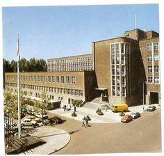 Den Haag, Burg. De Monchyplein....oude stadhuis. Gesloopt