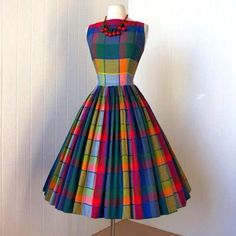 (My Barbie doll would look fabulous in this) vintage dress PARADE NEW YORK primary madras plaid full skirt plunging back pin-up party dress w/crinoline Moda Vintage, Vintage Mode, Vintage Style, Vintage 1950s Dresses, Vintage Outfits, Vintage Clothing, 1950s Fashion, Vintage Fashion, Mode Glamour