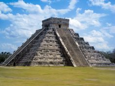 Como sucedió hace más de 1,000 años, el fenómeno del equinoccio (21/22 marzo y septiembre) en el templo de Kukulcán en Chichén Itzá, sigue conmoviendo
