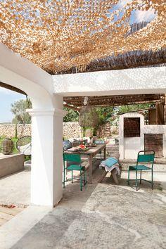 Paraíso de piedra, caña y madera en Ibiza | La Bici Azul: Blog de decoración, tendencias, DIY, recetas y arte
