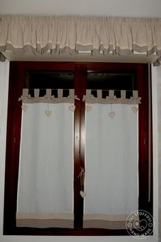 Start Using These Ways To Assure A Fantastic Experience Shabby Chic Kitchen, Shabby Chic Decor, Curtains With Blinds, Valance Curtains, Rideaux Shabby Chic, Chabby Chic, Window Dressings, Drops Design, Kitchen Curtains