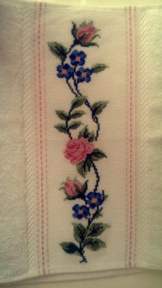 Cross Stitch Embroidery, Craft, Knit Flowers, Formal Dresses, Towels, Punto De Cruz, Bonito