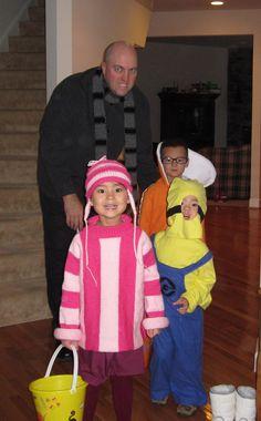 Family Halloween costumes!!