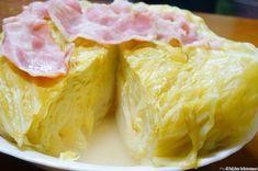 炊飯器を使って、美味しいスープが簡単に作れるとは!インターネットで話題になっている「キャベツ丸ごと炊飯器蒸し」にチャレンジしてみました。