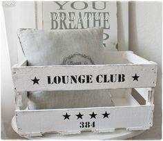 s e idee zum zeitschriften aufbewahren weinkiste bemalen ideen pinterest weinkisten. Black Bedroom Furniture Sets. Home Design Ideas