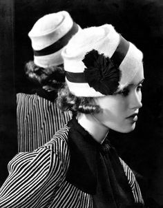 Mary Taylor photographed for Vogue in 1933 by Edward Steichen