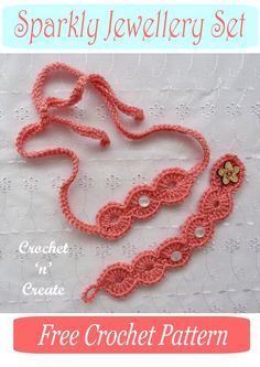 Pretty and sparkly crochet jewellery set, consisting of necklace and bracelet, a free crochet pattern on crochetncreate Crochet Cup Cozy, Crochet Mittens, Crochet Hats, Crochet Cross, Free Crochet, Crochet Jewellery, Sparkly Jewelry, Crochet Patterns For Beginners, Crochet Accessories