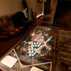 Repurposed pinball machine with led lights turned into a coffee table Pinball, Old Houses, Repurposed, 1970s, Restoration, Led, Lights, Coffee, Table