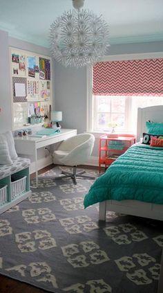 Teen Girl Bedrooms for super warm bedroom area - From cool to super dreamy teen room decor. Cozy Teen Bedroom, Blue Teen Girl Bedroom, Kids Bedroom Sets, Teenage Girl Bedrooms, Trendy Bedroom, Home Bedroom, Girl Room, Bedroom Decor, Teen Bedroom Colors