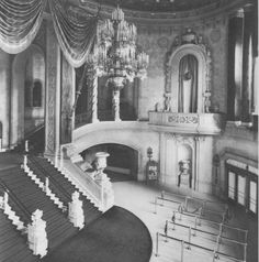 One more photo of the glorious lobby of the Belmont Theater at Lincoln and Belmont