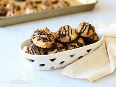 Easy Keto Coconut Macaroons