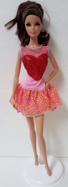 NEW Barbie Style Glam Luxe Doll Gray /& Pink Glitter Tank Top Fashionista Clothes