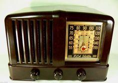 Classic Pre War 1940 RCA Victor Art Deco Bakelite Tube Radio Radio Cafe Gem | eBay