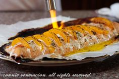Baked salmon and peaches on http://casaveneracion.com