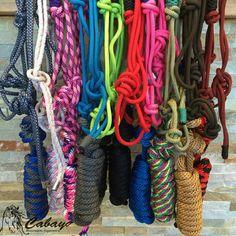 Nous avons reçu les licous de corde de Professional's Choice, il y en a pour tous les goûts! :)