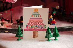 Washi Tape Christmas Trees / 49 Awesome DIY Holiday Cards (via BuzzFeed)