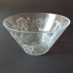 "Hand engraved on glass bowl, Large glass salad bowl, Flowers engraved, Personalized family gift, New home gift, wedding gift, Home Décor    This is one beautiful glass bowl. It is hand-engraved with a stylish mandalas design.    This decorative bowl looks beautiful in the centre of any table. A special gift for a wedding, anniversary, housewarming, or birthday.     Measurements of the large bowls: 11"" / 28 cm / diameter above; 3.54 "" / 5,9 cm height; …"