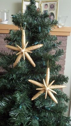 Double Starfish Ornaments Handcrafted From 2 White Pencil Starfish, Gold  W/glitter And Adorned With A Pearl.