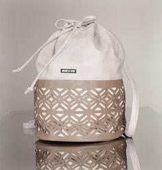 f65979920966c 43 fantastiche immagini su Borse • Bags