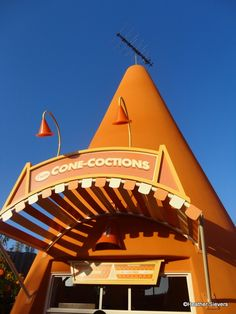 Awesome detailed photo tour of Cozy Cone Motel in Cars Land, Disneyland!
