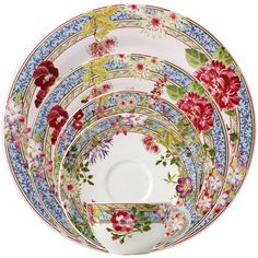 Millefleurs Dinnerware by Gien | Gracious Style