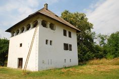 Curtisoara, Oltenia. 18th century fortified house