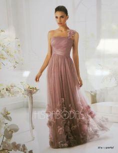 Sutil y delicado vestido de fiesta de La Sposa 2013.