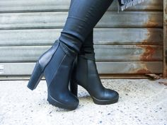 Rubber Rain Boots, Knee Boots, Mary, Blog, Shoes, Fashion, Moda, Zapatos, Shoes Outlet