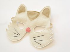 Cat Kids Felt Animal Mask Children Halloween Costume Mask Kitty Carnival Mask, Dress up  Accessory, Boys, Girls, Toddlers Pretend Play Toy. €11,00, via Etsy.