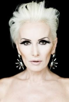 """Wow, what a great stylized photo! Now this what must be meant by """"great cheekbones"""". Love the whole look, thank you to the artist. Going Gray Gracefully, Aging Gracefully, Pixie Hairstyles, Easy Hairstyles, Beautiful Old Woman, Beautiful People, Culture Pop, Ageless Beauty, Grey Hair"""